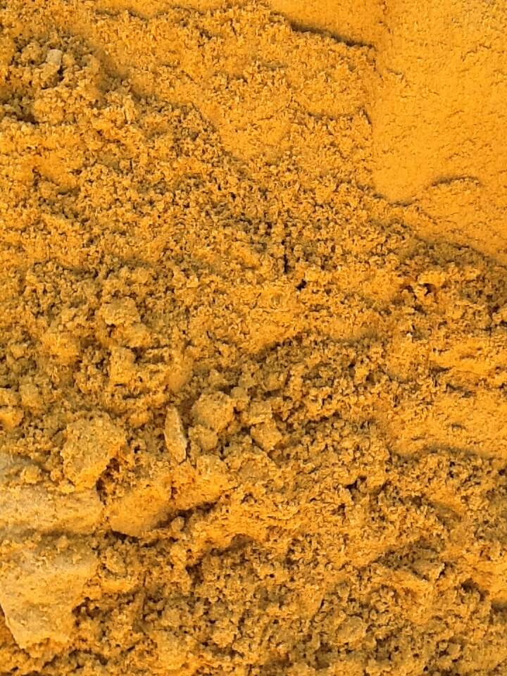 A higher clay content sand ideal for Brick/Block laying and Paving.